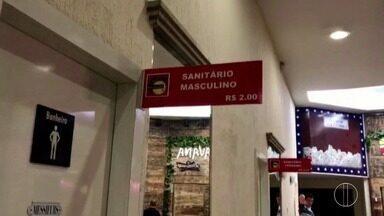 Shopping em Petrópolis, RJ, é notificado pelo Procon por cobrar taxas para uso de banheiro - Confira a seguir.