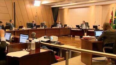 TCE aceita acordo para regularizar dívidas do Estado - TCE aceita acordo para regularizar dívidas do Estado