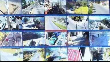 Câmeras de videmonitoramento de Colatina registram 74 infrações de trânsito em 2 meses - Câmeras voltaram a ser usadas pela prefeitura após seis meses paradas.