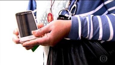 Roubo de celular cresce em São Paulo alimentado pelo comércio ilegal - O desafio é que os bandidos sabem que vão encontrar gente disposta a comprar o celular roubado.
