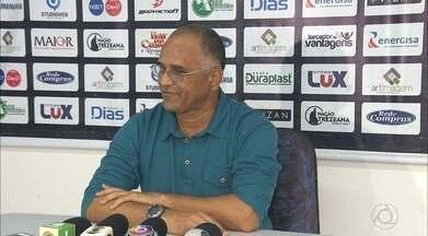 Treze apresenta Oliveira Canindé e começa a traçar os planos para a próxima temporada - Técnico revelou sondagens do Campinense, mas preferiu acertar com o Galo. Entrevista coletiva aconteceu no Presidente Vargas