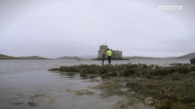 SUP Até O Castelo Na Ilha Barra