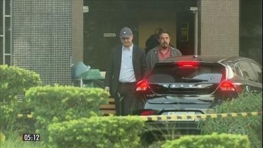 Joesley Batista e Ricardo Saud passam a 1ª noite na carceragem da PF em SP - A expectativa é que o empresário e o executivo do grupo J&F sejam transferidos para a sede da Polícia Federal em Brasília nesta segunda-feira (11).