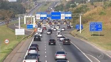 Rodovias da região de Sorocaba têm tráfego tranquilo na manhã desta segunda-feira - A repórter Mariana Fontes traz as informações sobre o tráfego nas rodovias da região de Sorocaba (SP) na manhã desta segunda-feira (11), após o feriado prolongado da Independência.