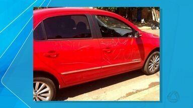 Guarda Municipal apreende suspeitos de riscar carro em Campo Grande - Adolescentes riscaram carro que estava estacionado em frente à Centro de Educação Infantil, no bairro Santa Luzia.