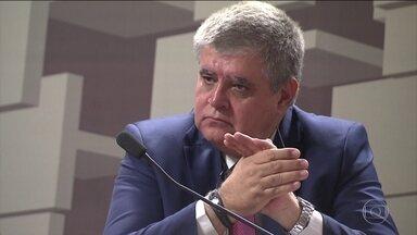 Polêmica marca sessão da CPMI da JBS no Congresso - Escolha do deputado Carlos Marum (PMDB-MS), da 'tropa de choque' de temer como relator, irritou alguns integrantes da Comissão Parlamentar Mista e dois deles pediram para sair.