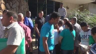Seleção para vigilante patrimonial tem fila com 800 candidatos em Campinas - Segundo o sindicato que representa a categoria, o processo seletivo acontece até sábado (16), e todos que comparecerem serão atendidos.