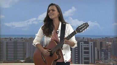 Cantora Fernanda Guimarães presta homenagem aos 200 anos de Alagoas - Ela foi até o estúdio do AL TV nesta quarta-feira e cantou ao vivo.