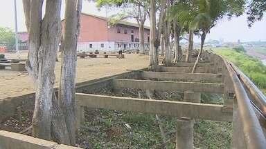 Deck no Completo da Estrada de Ferro Madeira Mamoré continua interditado - Local foi interditado há cerca de seis meses, mas até hoje a obra de recuperação não começou.