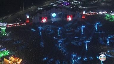Rock in Rio entra em seu segundo dia - Na Cidade do Rock, o sábado (16) está no alto astral, com shows de bandas como Skank. Os cantores Shawn Mendes e Fergie, além do Maroon 5 se apresentam no Palco Mundo.