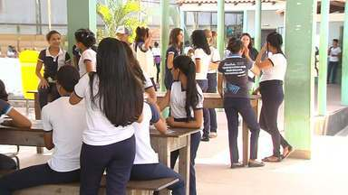 Escolas não aderem à paralisação e continuam com aulas normais em Santarém - Um dos motivos para não aderirem à greve é que os professores não querem prejudicar as aulas dos alunos, principalmente daqueles que vão prestar vestibular no fim do ano.