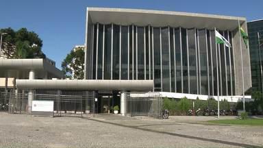 Governo quer perdoar dívidas antigas do Ipva - Assunto está gerando polêmica no estado.