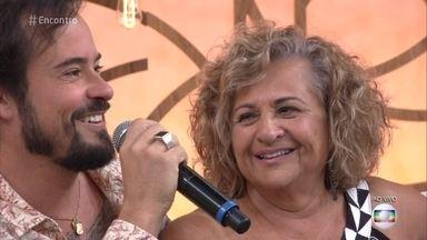 Paulinho Vilhena fala sobre o relacionamento com sua mãe - Ele conta que recebeu a educação e os limites que precisava