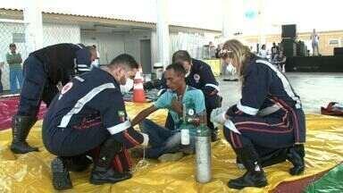 Simulação de evacuação e salvamento é realizada pela Braskem - Moradores do Pontal da Barra e Trapiche participaram da atividade realizada nesta sexta-feira (29).