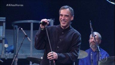 Arnaldo Antunes abre o programa - Serginho Groissman recebe Mônica Iozzi, Gabriel Leone, Roberta Miranda e Pablo