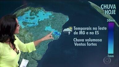 Previsão é de temporal entre o leste de Minas Gerais e o Espírito Santo - Também chove em Goiás e na região Norte. O tempo abre na região Sul, em São Paulo e no Mato Grosso do Sul. No interior do Nordeste, a quarta-feira (4) será seca.