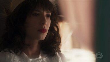 Lucinda diz que vai ao Rio de Janeiro e pede para Tiana se aprontar - Ela pretende visitar sua tia Emília