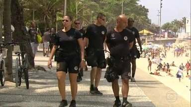 G1 no RJTV: Operação Verão vai contar com o apoio de mais de mil agentes de segurança - A Operação Verão vai contar com o apoio 800 policiais militares e 380 guardas municipais no patrulhamento da orla do Rio.