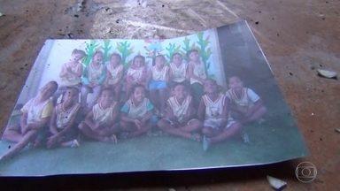 'Foi uma cena de terror', diz professora de creche em Janaúba, MG - Ao todo, 60 crianças estavam na escola quando o vigia Damião Soares dos Santos, que cuidava da creche à noite, apareceu sem avisar.