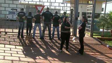 Preso tenta matar agente penitenciário na PEF 2 - Agentes pedem medidas de segurança no trabalho