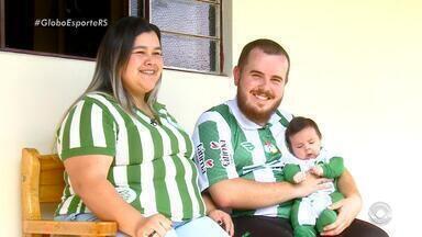 Família de torcedores do Juventude aguarda ansiosamente a volta do time para a série A - O Ju enfrenta o Goiás nesta terça-feira (17), às 21h30.