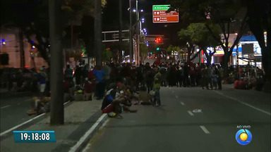 JPB2JP: MST faz protesto e interdita principal avenida de João Pessoa - Epitácio parada.
