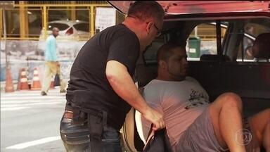 Operação contra pedofilia mobiliza Polícia Civil em vários estados - Até o momento, cinco pessoas foram presas em São Paulo e, ao todo, 140 homens estão nas ruas para cumprir 31 mandados de busca e apreensão.