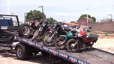 Fiscalização apreende dezenas de motos em Caxias - Em dois fins de semana 95 motos foram apreendidas.