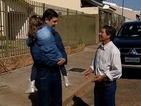 Comerciante acha carteira com mais de R$ 4 mil e a devolve ao dono - Caso ocorreu em Regente Feijó.