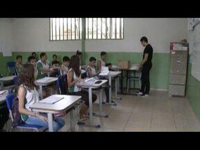 13% dos 107 mil professores da rede Estadual de Ensino em Minas Gerais são surdos - Conheça a história do Professor de Libras Daniel
