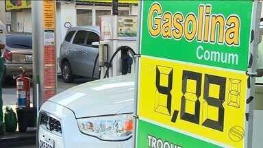 Aumento da gasolina deixa motoristas indignados - Aumento da gasolina deixa motoristas indignados.