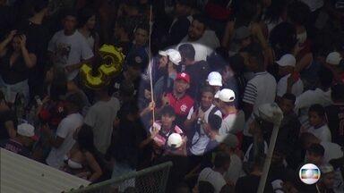 Globocop flagra homens armados de fuzil em baile funk no Complexo da Maré - As imagens foram feitas entre 6h30 e 7h40.