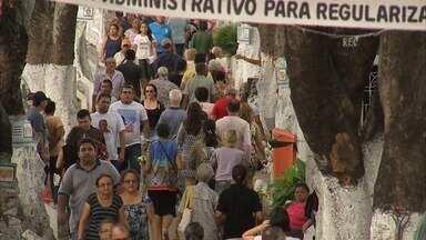 Cemitérios de Fortaleza recebem milhares de visitas nesse Dia de Finados - Confira mais notícias em G1.Globo.com/CE