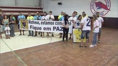 Campeonato Brasileiro de Hóquei Sobre Patins começa em Santos - Matheus Garcia, ex-jogador do Inter, assassinado em setembro, foi homenageado na cerimônia de abertura.