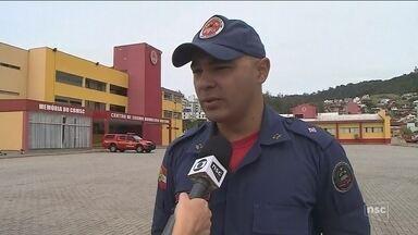 Queimadas frequentes preocupam autoridades de Florianópolis - Queimadas frequentes preocupam autoridades de Florianópolis