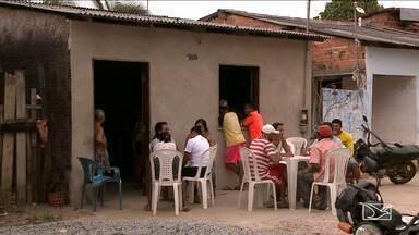 Namorado de mulher encontrada morta em São Luís é principal suspeito do crime - Corpo de Rosângela de Jesus Gonçalves foi encontrado por uma criança, sob um monte de areia, na Vila Riod