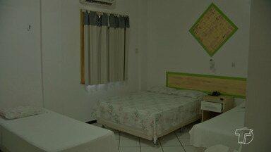 Hotéis e pousadas em Alter do Chão estão com vagas preenchidas para festas de fim de ano - Muitos turistas passam o natal e réveillon na vila balneária, fomentando a economia de Alter do Chão.