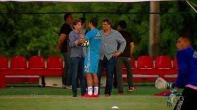 Precisando vencer, Sport vai aprendendo a se virar sem Diego Souza - Precisando vencer, Sport vai aprendendo a se virar sem Diego Souza
