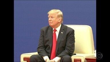 Na passagem por Pequim, Trump se desdobrou para encantar os chineses - O presidente dos Estados Unidos foi afetuoso, simpático e tratou até com deferência o chinês Xi Jinping. Trump disse que juntos eles podem resolver todos os problemas do mundo.