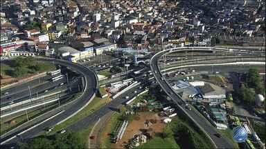 Veja imagens do trânsito na LIP e na região da Lapa - Confira no Radar do JM.