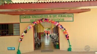 Escola municipal de Várzea Grande recebe prêmio nacional por gestão - Escola municipal de Várzea Grande recebe prêmio nacional por gestão.