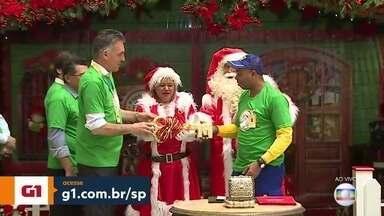 Correios buscam padrinhos para presentear crianças carentes em SP - O espírito natalino já está se espalhando pela Grande São Paulo. Nesta sexta-feira (10) começou a campanha Papai Noel dos Correios.