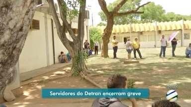 Depois de quase dois meses, servidores encerram greve no Detran - Depois de quase dois meses, servidores encerram greve no Detran.