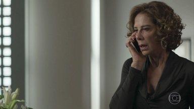 Lígia avisa a Maria Pia que Athaíde foi preso - Athaíde confronta Lourenço e faz ameaças a Antônia e Domênico. Maria Pia se desespera ao saber da prisão do pai. Malagueta se recusa a acompanhar a amiga à delegacia e ela se irrita