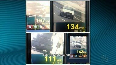 PRF flagra mais de 200 veículos com excesso de velocidade nas estradas sergipanas - PRF flagra mais de 200 veículos com excesso de velocidade nas estradas sergipanas.