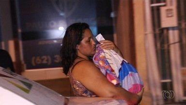 Suspeita de sequestro diz que pagou R$ 2 mil por bebê para enganar marido após aborto - Pedagoga esperava gêmeos, decidiu pegar crianças de duas mulheres diferentes e iria devolver depois. Uma delas desistiu da farsa e, com isso, presa denunciou à polícia que teve filha roubada.