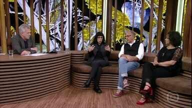 Bial e convidados conversam sobre a importância de debates promovidos pela arte - Juliano Gomes fala sobre como lida com o preconceito e Cacá Diegues elogia o filme de Daniela Thomas