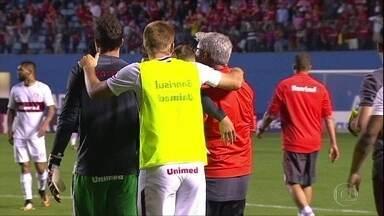 Internacional empata com o Oeste e volta à Série A do Brasileiro - Internacional empata com o Oeste e volta à Série A do Brasileiro