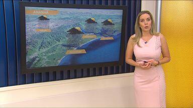 Volta a chover na região de Curitiba - Uma frente fria que avança pelo litoral é que provoca as pancadas de chuva.