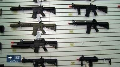 Mais de 200 crimes na capital foram feitos com armas de brinquedo - Mais de 200 crimes na capital foram feitos com armas de brinquedo, segundo dados da Secretaria de Segurança Pública.
